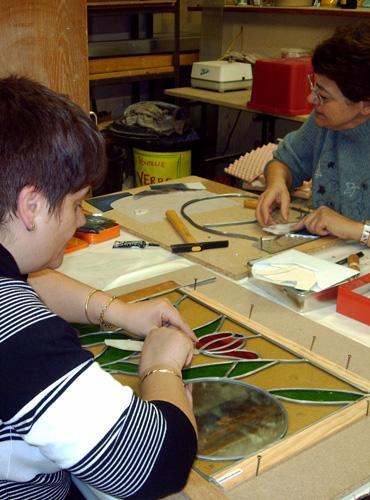 Atelier de fabrication de vitraux dans la Vallée du Lot