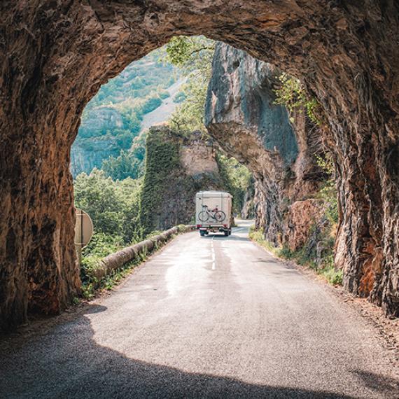 Itinéraires en voiture, en camping-car ou en van